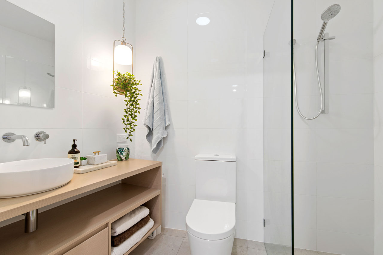 JTG_Bathroom1_2398